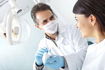 درمان بازگشت ارتودنسی با ریتینر و ارتودنسی مجدد