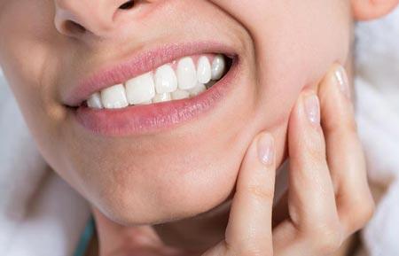 جراحی دندان عقل نهفته: جلوگیری از آسیب دندانها با کشیدن دندان عقل